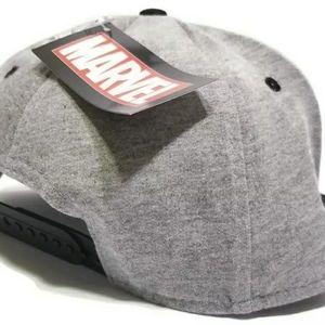 Marvel Accessories - Marvel Avengers Adjustable Snapback Comic Hat